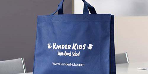 インターナショナルスクール〈キンダーキッズ様〉向け頒布用〈不織布バッグ〉