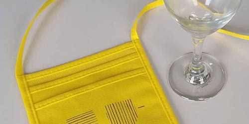 ワインイベント用〈不織布グラスホルダー〉