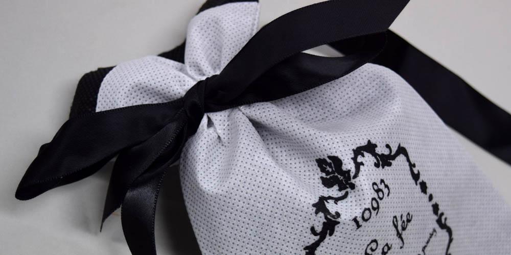 ハンドメイドアクセサリー販売用不織布リボン巾着袋(小)