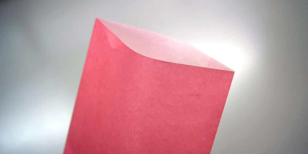 環境に配慮した純白ロール紙を使用した小型封筒(持ち帰り用)