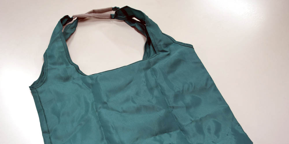 レジ袋有料化に対応、ポリエステル製ポータブルエコバッグ(1)