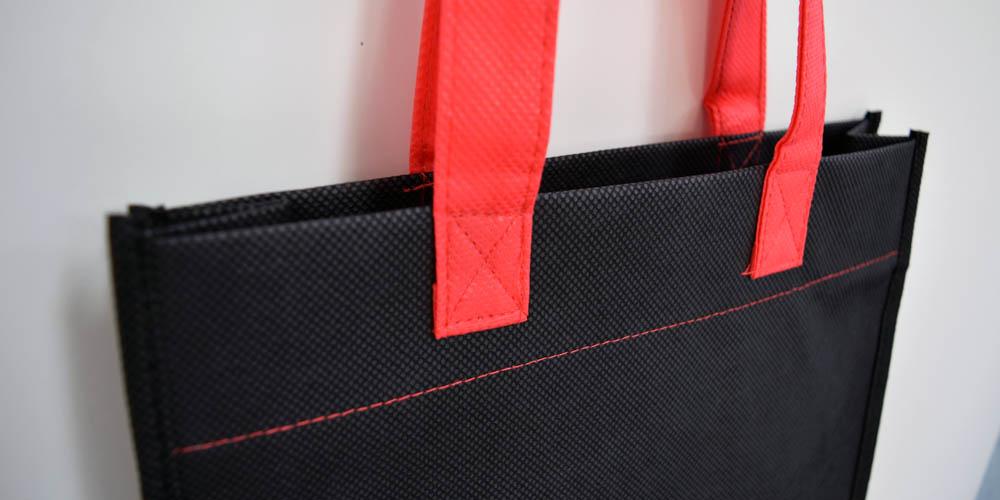 自動車教習所様向け 不織布製手提げバッグ