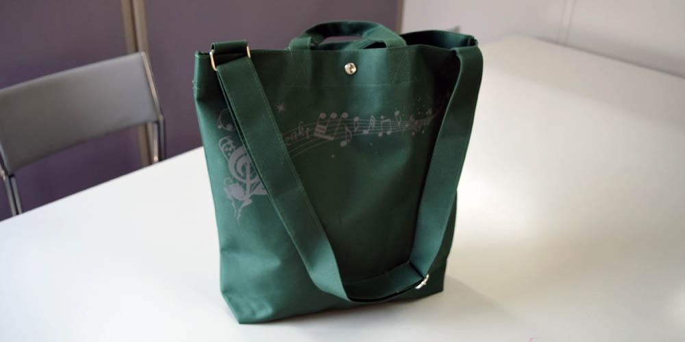 ポリエステル600D+PVC使用の手提げ・ショルダー2wayバッグ